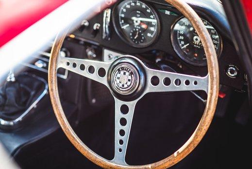 25. Jaguar E type series 1 3.8 (26 of 86).jpg
