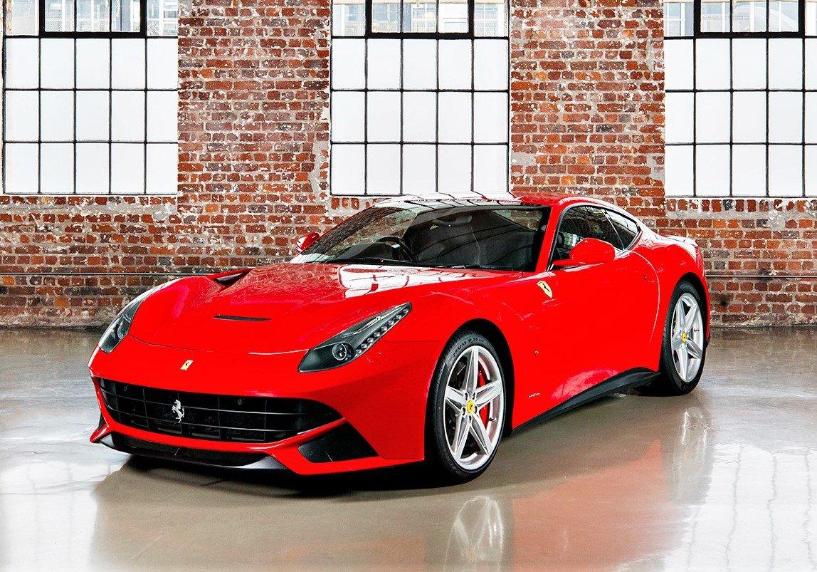 Ferrari F12 Berlinetta - 740 Bhp
