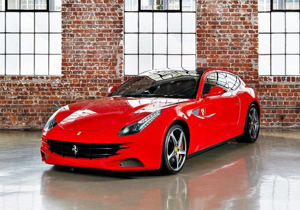 Ferrari FF - V12 - 660 Bhp