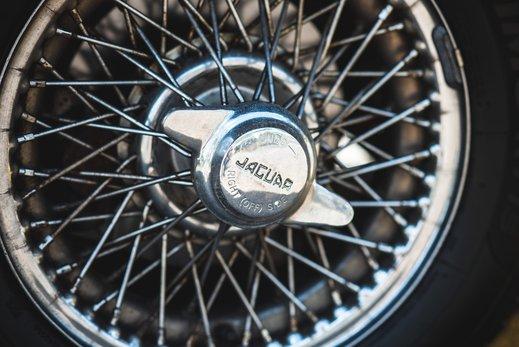 4. Jaguar E type series 1 3.8 (12 of 86).jpg