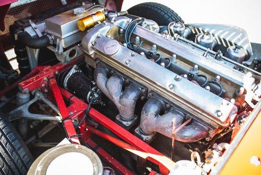 41. Jaguar E type series 1 3.8 (70 of 86).jpg
