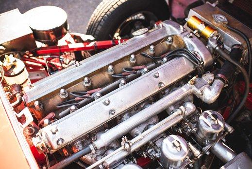 46. Jaguar E type series 1 3.8 (68 of 86).jpg