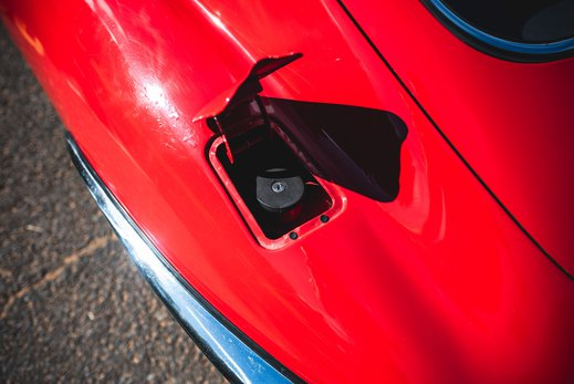 48. Jaguar E type series 1 3.8 (58 of 86).jpg