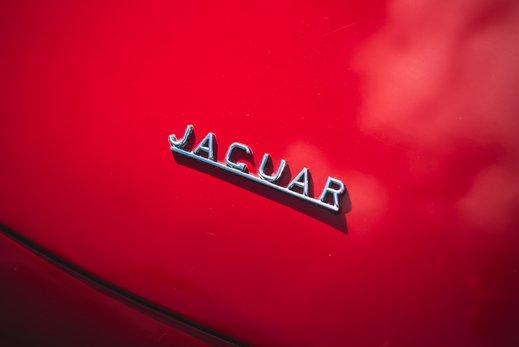 8. Jaguar E type series 1 3.8 (16 of 86).jpg