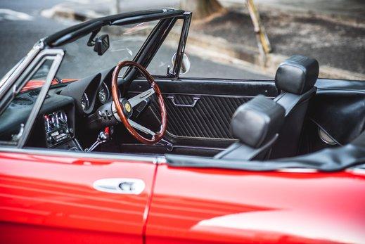 Alfa Romeo 2000 Gallery (12).jpg