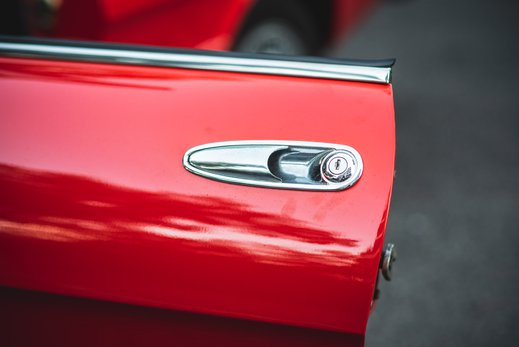 Alfa Romeo 2000 Gallery (14).jpg
