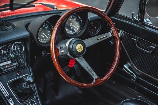 Alfa Romeo 2000 Gallery (9).jpg