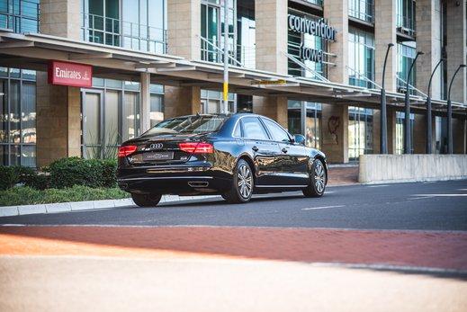 Audi A8L Security W12 (10).jpg