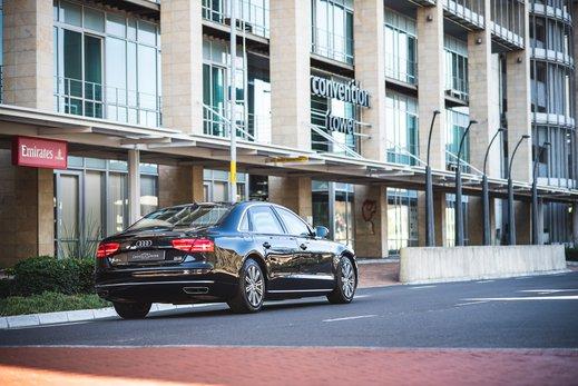 Audi A8L Security W12 (11).jpg