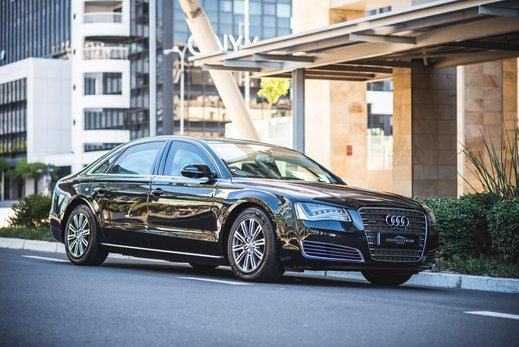 Audi A8L Security W12 (12).jpg
