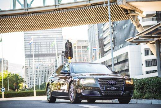 Audi A8L Security W12 (14).jpg