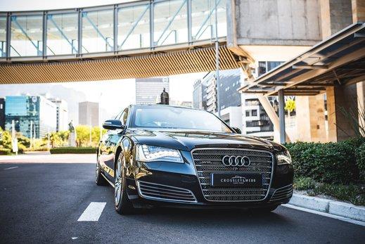 Audi A8L Security W12 (27).jpg