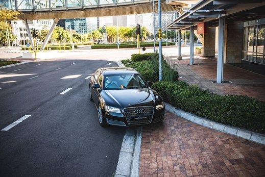 Audi A8L Security W12 (28).jpg