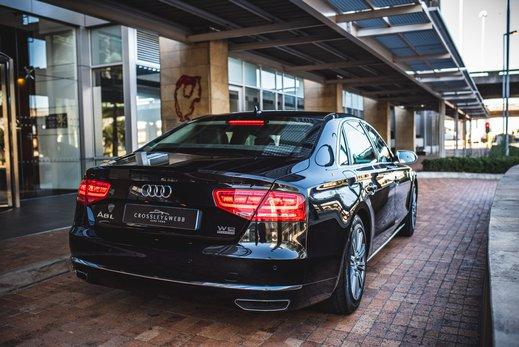 Audi A8L Security W12 (29).jpg