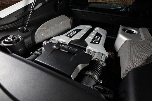 Audi R8 (13 of 25).jpg