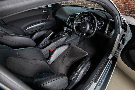 Audi R8 (16 of 25).jpg