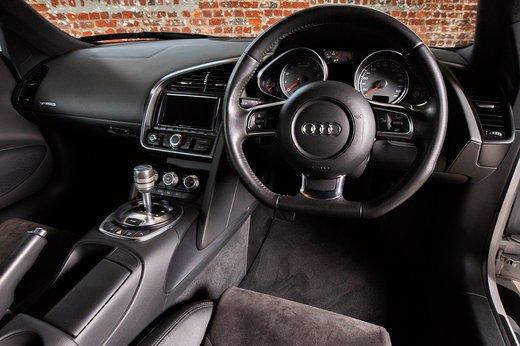 Audi R8 (17 of 25).jpg