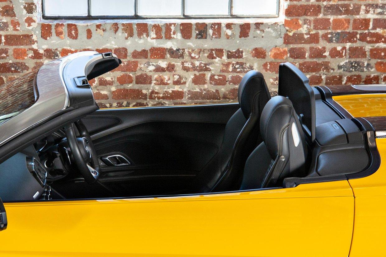 Audi R8 V10 Spyder Quattro