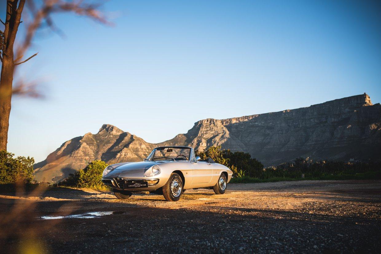 "Alfa Romeo Spider 1750 ""Boat Tail"""