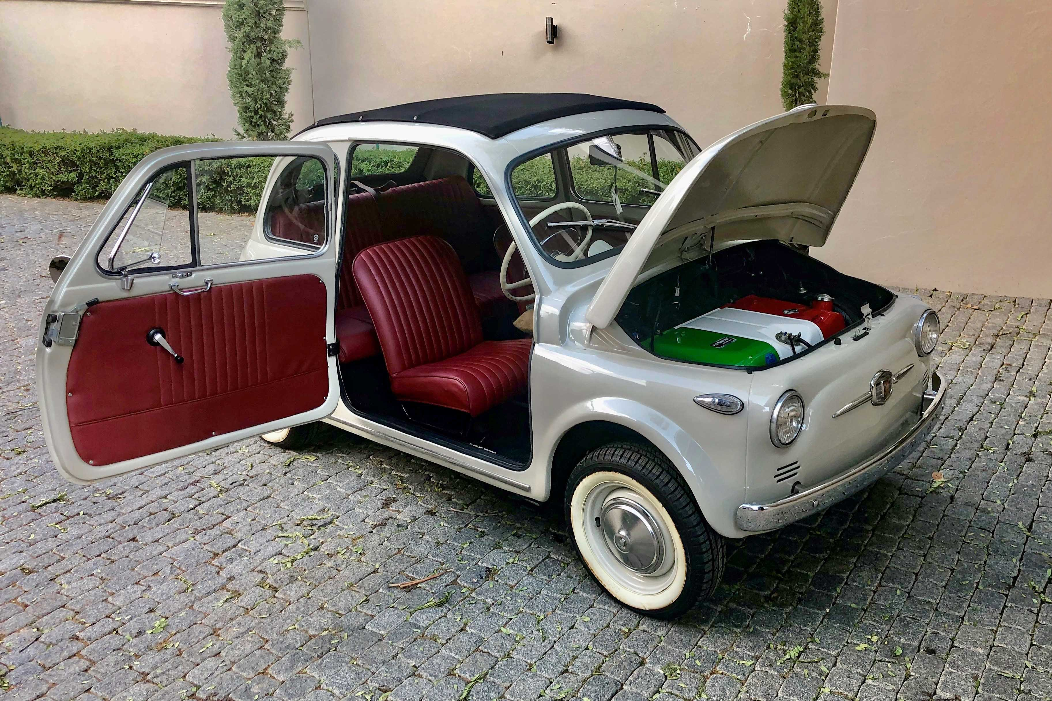 Fiat 500 Grey with Red interior.jpg