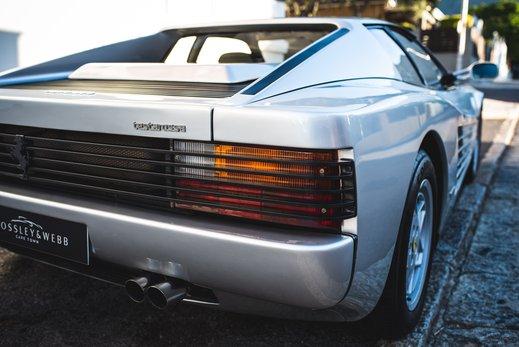 Ferrari Testarossa Silver (10).jpg