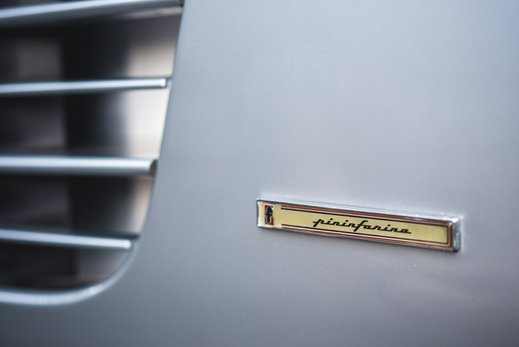 Ferrari Testarossa Silver (35).jpg