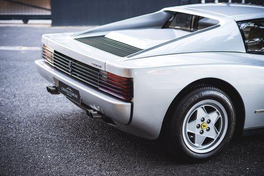 Ferrari Testarossa Silver (37).jpg