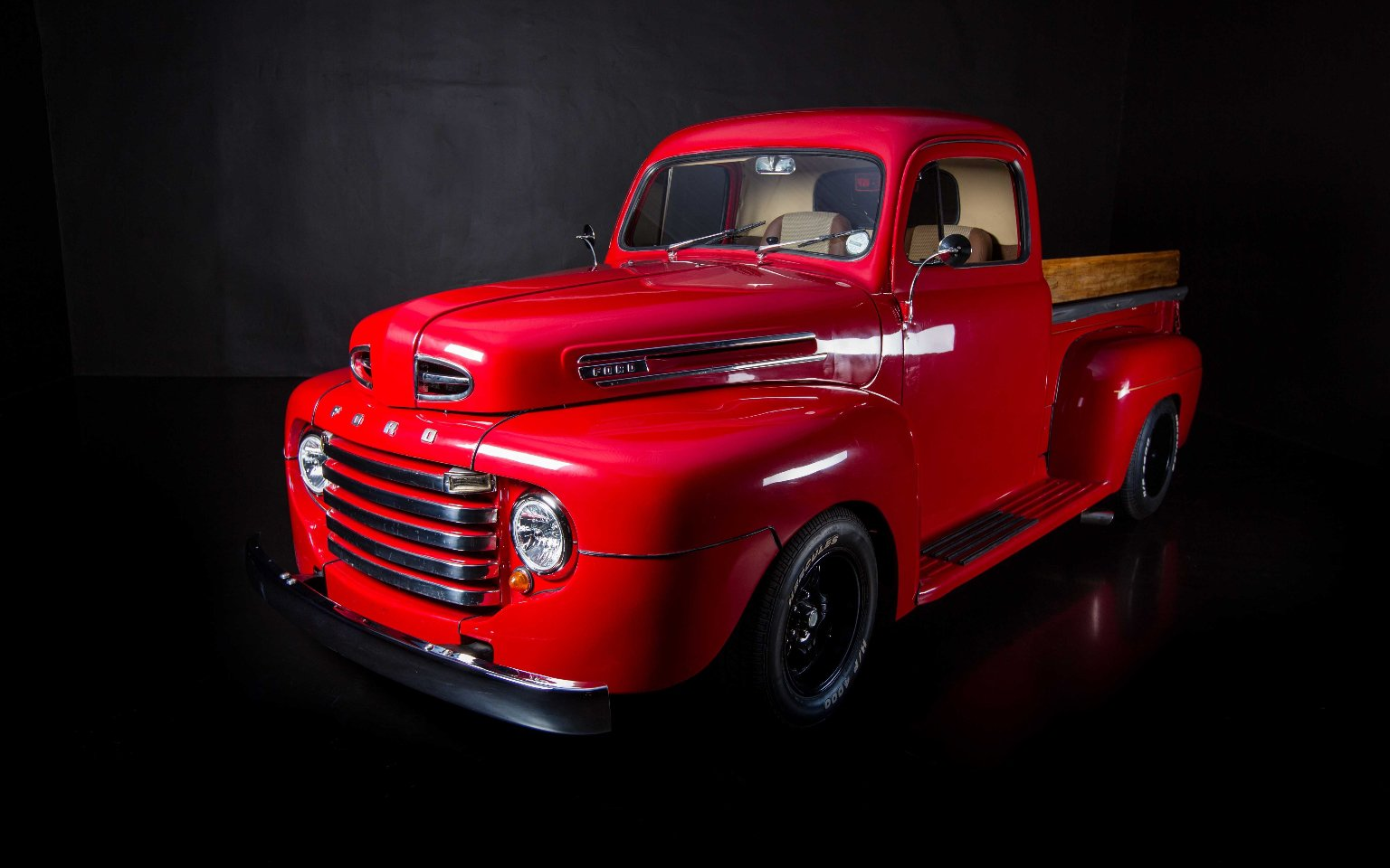 Ford F1 Truck