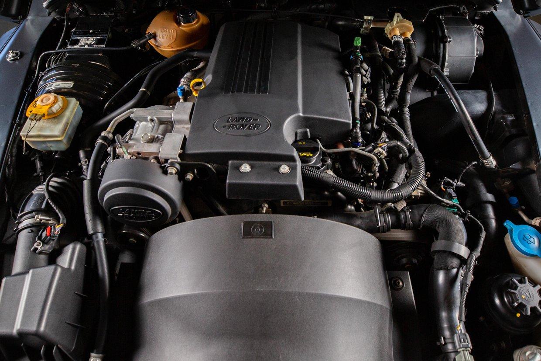 Land Rover Defender 110 2.2 TD