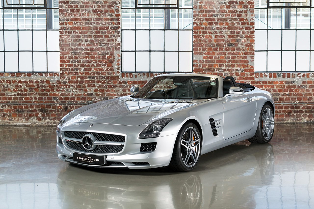 Mercedes-Benz SLS AMG Roadster - 17597Km