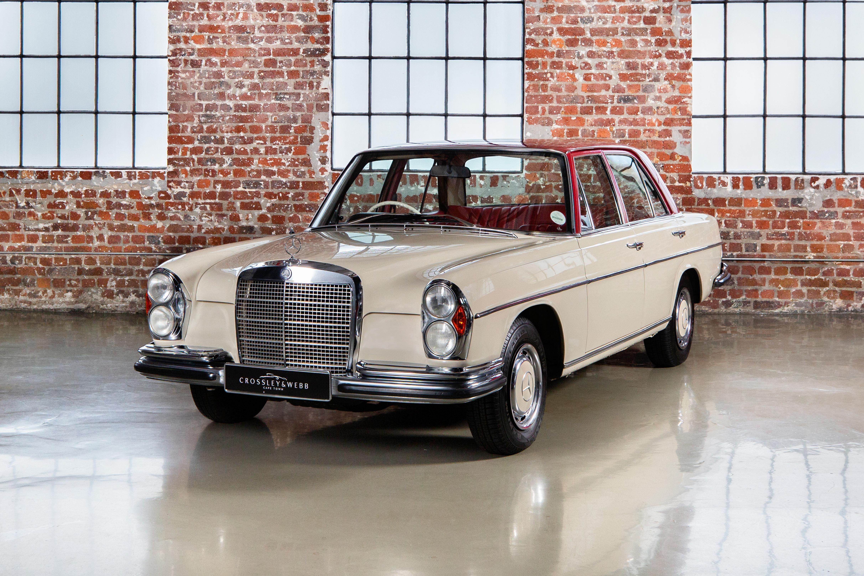 Mercedes Benz 280s - W108