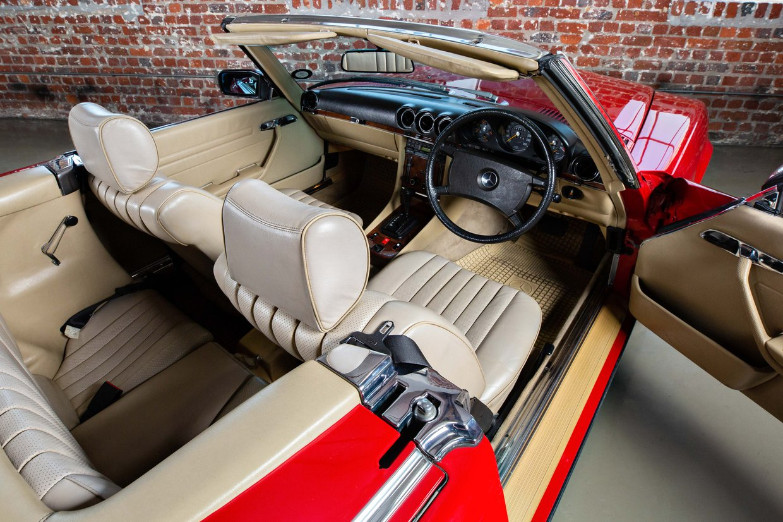 Mercedes Benz 500sl - R 107 series