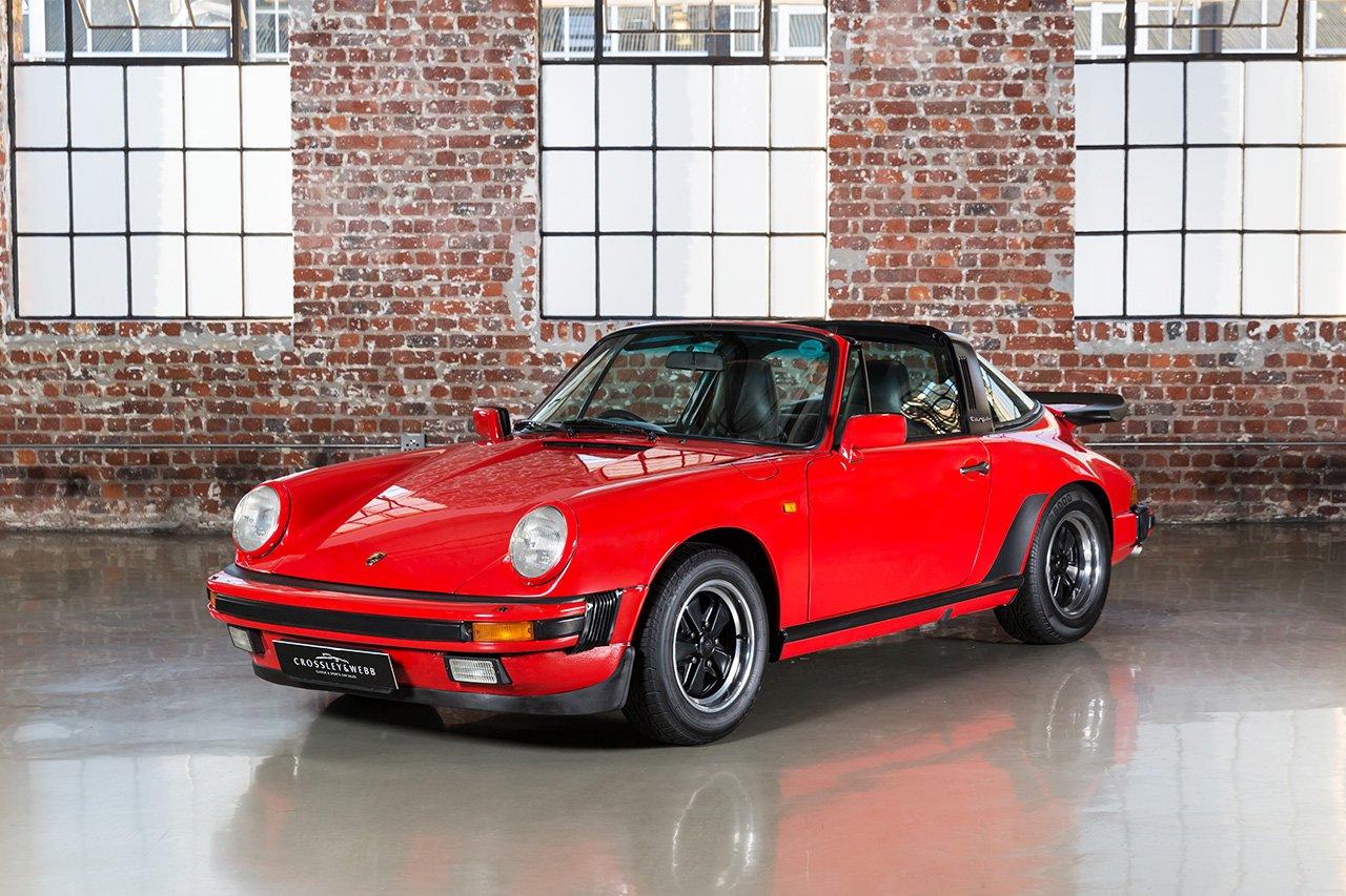 Porsche 911 Carrera - Targa