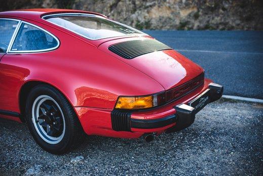 Porsche 911 27 (49).jpg