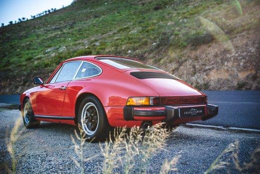 Porsche 911 27 (51).jpg