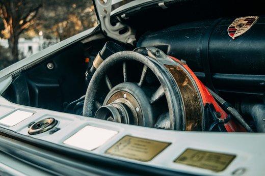 Porsche 911 SC Targa Gallery (27).jpg