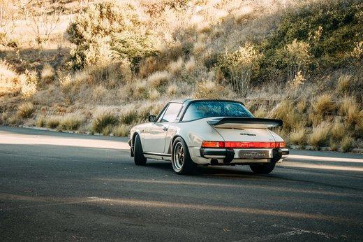 Porsche 911 SC Targa Gallery (8).jpg