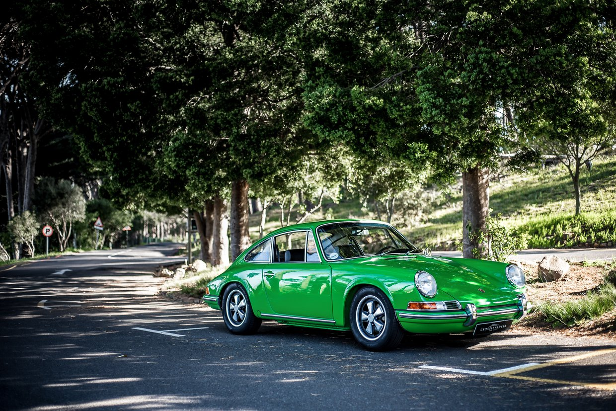 Porsche 911 T Coupe - Recent nut & bolt restoration