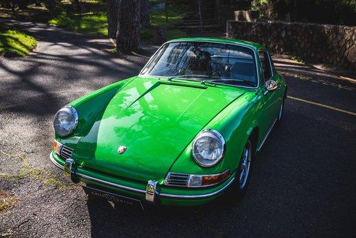 Porsche 911 T  (33 of 109).jpg