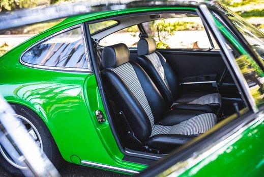 Porsche 911 T  (39 of 109).jpg