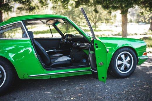 Porsche 911 T  (42 of 109).jpg