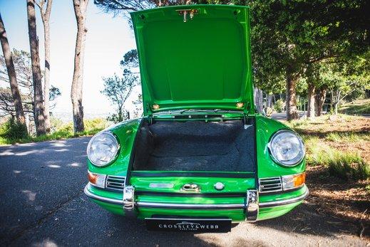 Porsche 911 T  (97 of 109).jpg