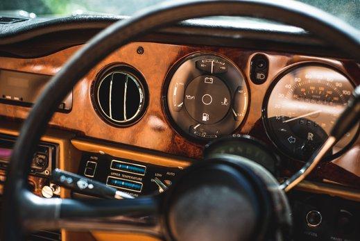 Rolls Royce Corniche Convertible (56 of 77).jpg