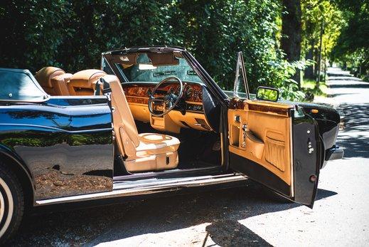 Rolls Royce Corniche Convertible (60 of 77).jpg