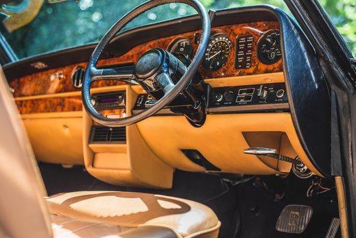 Rolls Royce Corniche Convertible (63 of 77).jpg